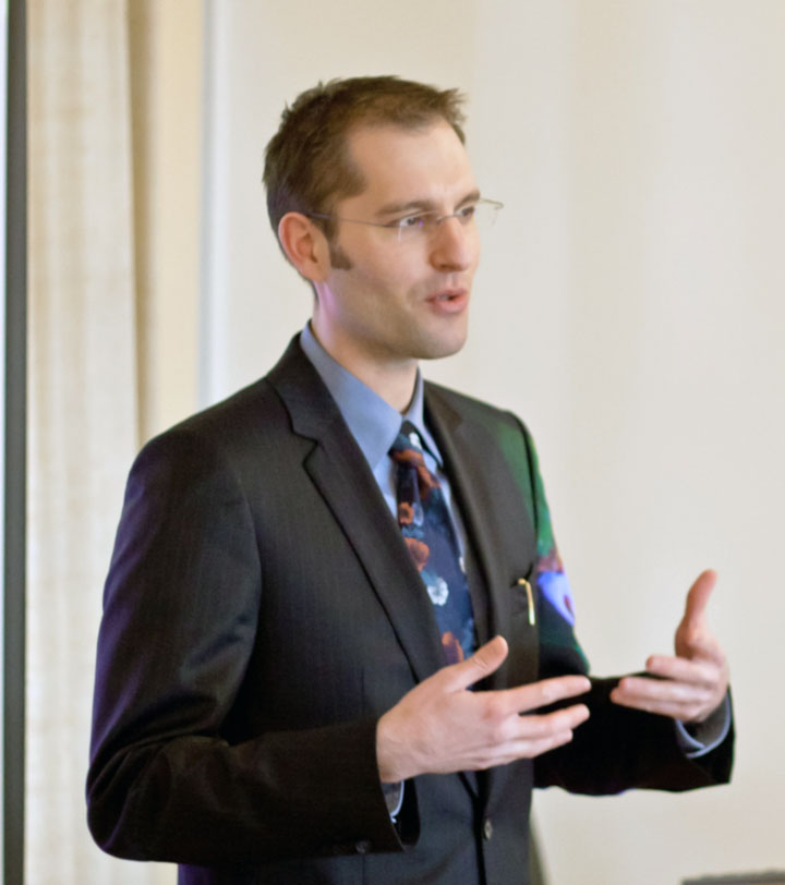 Stephan Schleim lecturing in T�bingen, Germany, 2012
